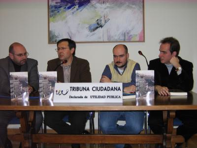 Presentación de la novela LA RENTA DEL DOLOR: Sede social de Tribuna Ciudadana (Oviedo, 5/02/09)